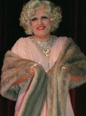 giuliani_in_drag2.jpg